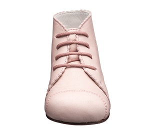 赤ちゃんにはなぜ紐靴がいいのか?