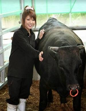 青空レストランで紹介された遠州夢咲牛の生産者の女性 武友沙千子
